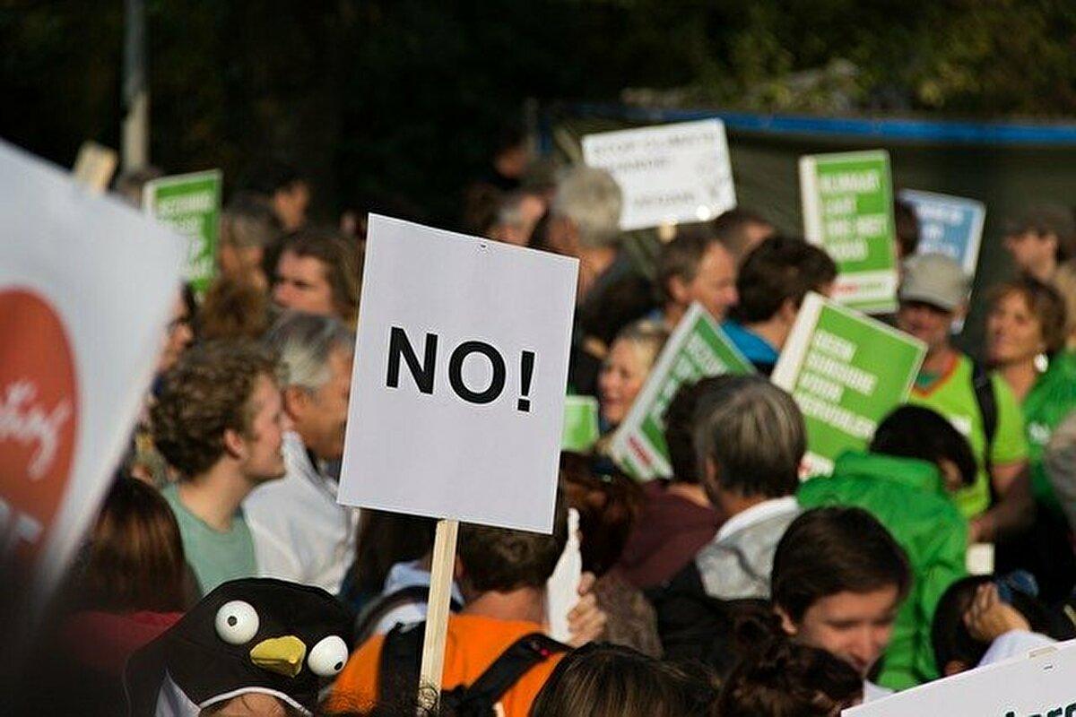 【2020年最新】教員はやめとけ!給特法の改悪で労働環境はさらに悪化