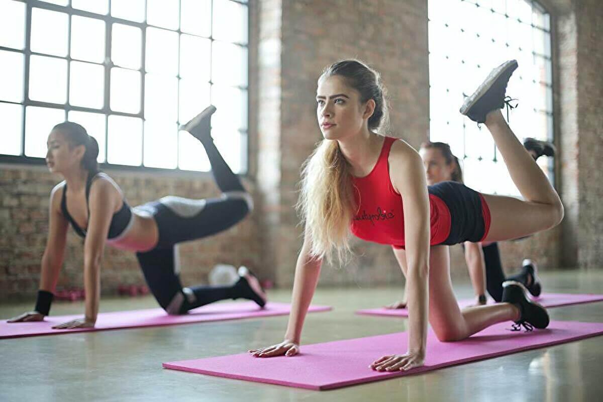 【女性向け】筋トレで効率良くメンタルを強くする3つの方法【ガチ筋トレ不要】