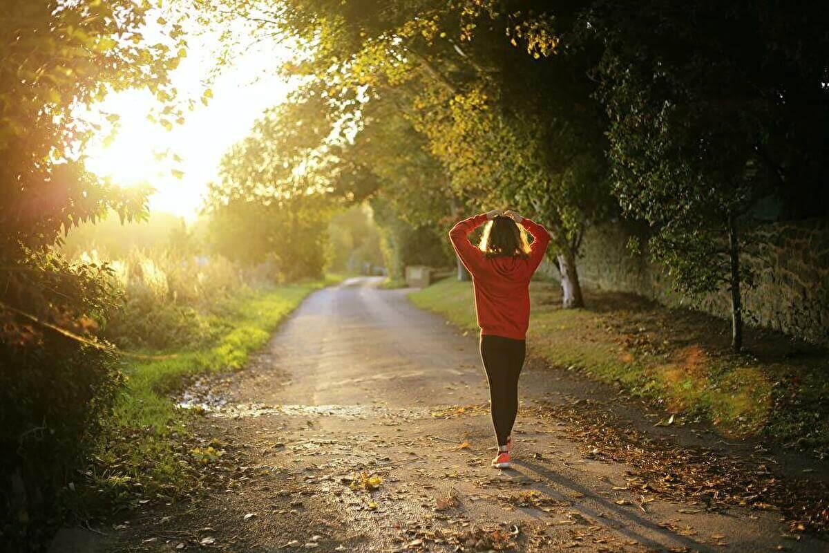 女性向け/筋トレでメンタル強くする方法ランニング・ウォーキング