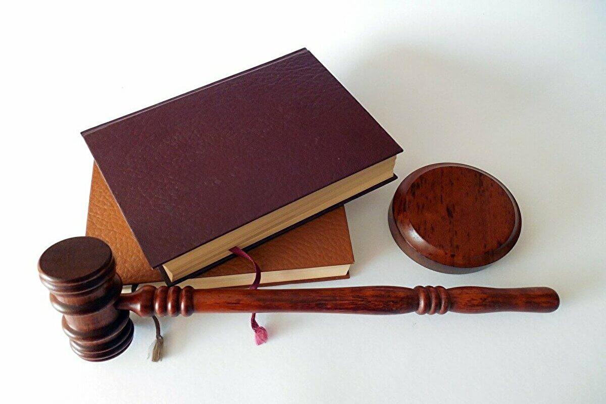 教員の夏休み退職は法律上問題なし|とはいえ早めに伝えましょう